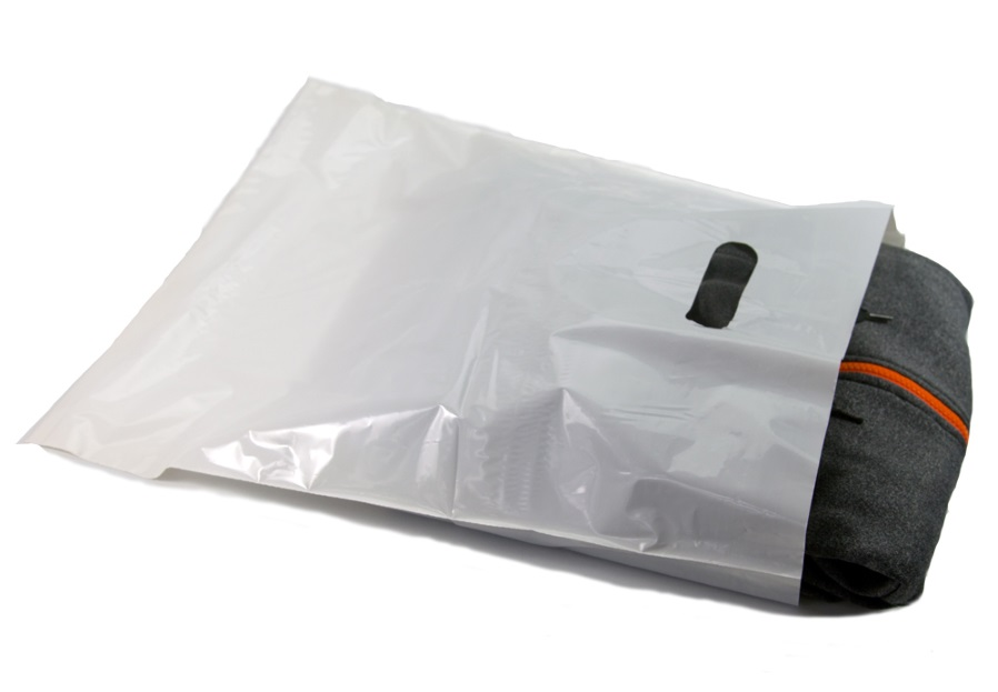 12x15  White Die Cut Handle Bags - Merchandise 1000/CASE